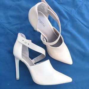 Firth tan leather high heels pointy toe 7.5